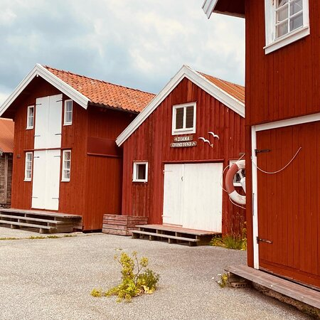 Grundsunds Fiskehamn & Gasthamn