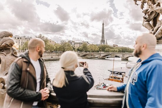 Expérience privée et personnalisée: découverte de Paris avec un...
