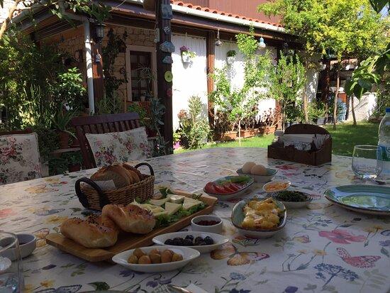 Konfor ve Kahvaltı