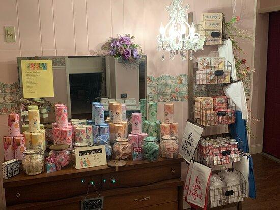 Hydrangea Cottage Tea & Gifts