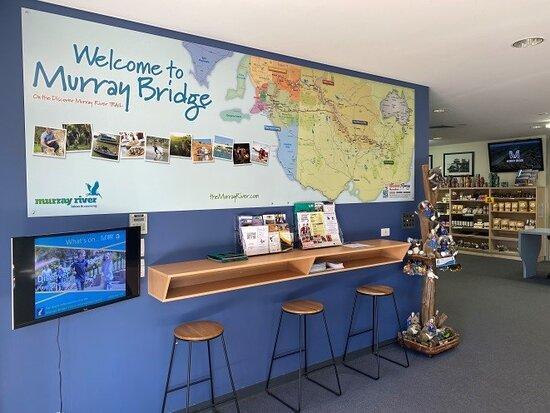 Murray Bridge Visitor Information Centre