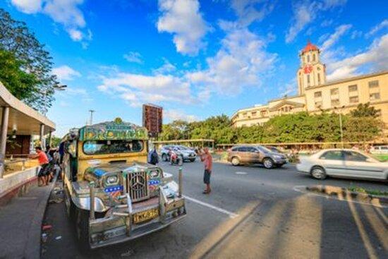 Poipet, קמבודיה: Jeepney : Keliling kota dengan jeepney di manila memberikan pengalaman yang baik dan nyaman. banyak bonus dan promo yang diberikan.
