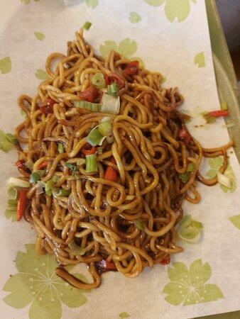 spaghetti saltati con peroncini giapponesi