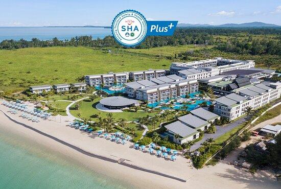 Le Meridien Khao Lak Resort & Spa, a SHA PLUS+ Certified Hotel