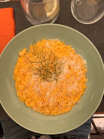 Risotto a la milanese (excellent pour les végétariens)