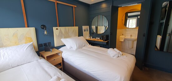Twin cost room named after the Astrid Sail ship