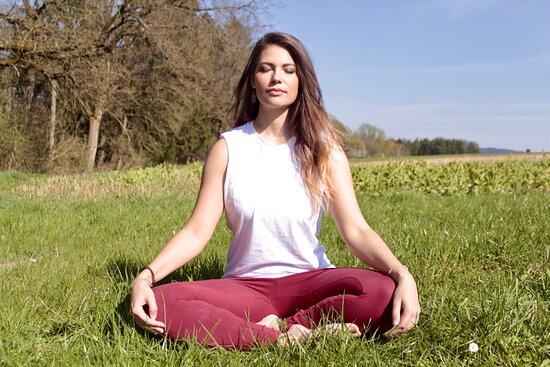 Ayouma - Achtsamkeit, Yoga Und Magie