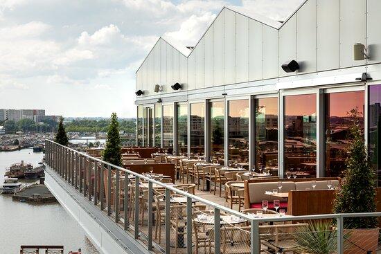 Gina Restaurant Rooftop