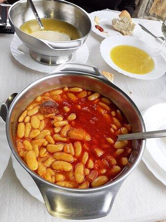 Muy buena fabada también la sopa!