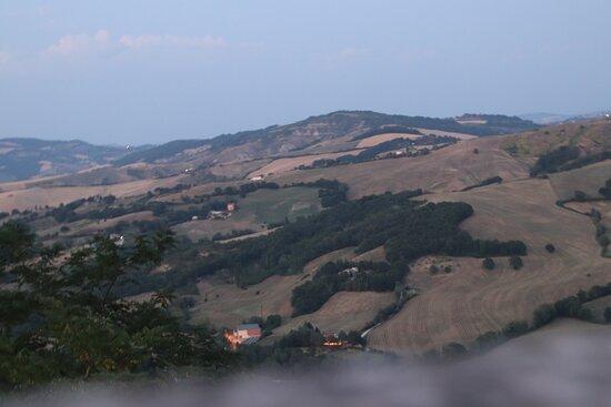 Monte Grimano Terme, Italy: Das kleine süsde Dorf aufm Berg