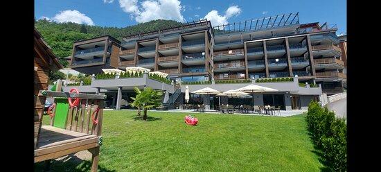 Spa Suite con vasca e Sauna privata; Terrazza con vista bellissima sulle Dolomiti; - Ảnh của Molaris Lodges, Muhlbach - Tripadvisor