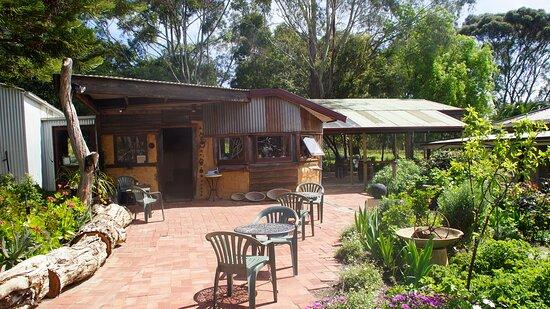 Magpie Springs - Winery, Cellar Door and Art Gallery