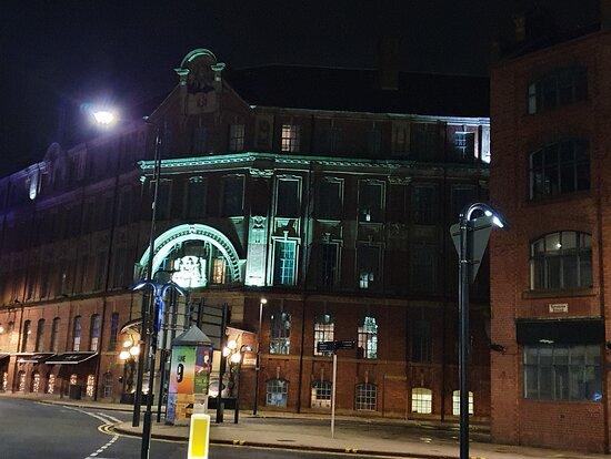 1 Swinegate Building