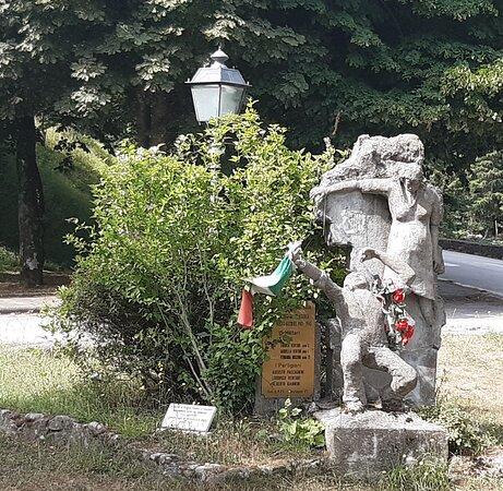 Monumento Ai Caduti Di Pracchia