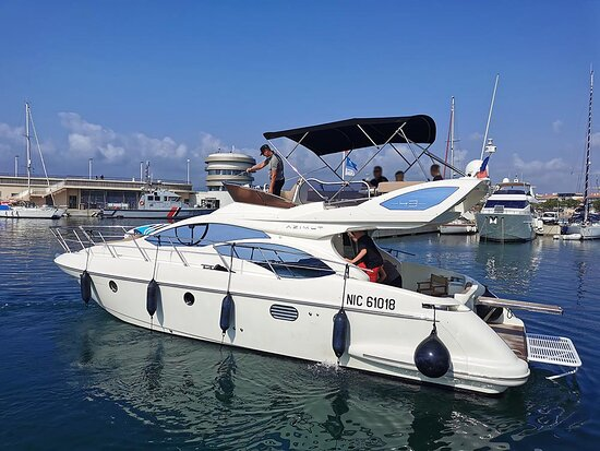 One more happy client on this Azimut 43