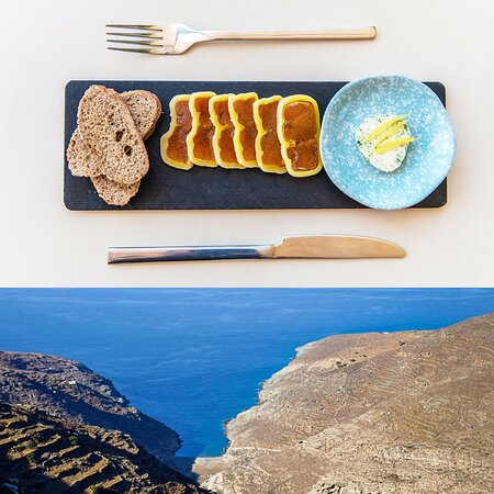Aυγοτάραχο με φρυγανισμένο ψωμί και αρωματικό βούτυρο. Greek grey mullet bottarga with toasted bread and flavored butter.