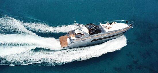 CD Yachting Mykonos