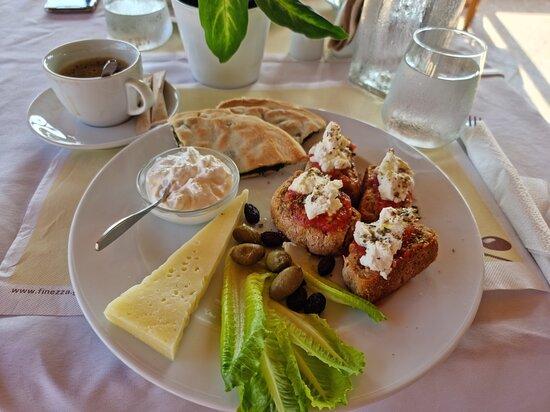 Fantastisches Essen, nette Menschen ... echt zu empfehlen - Mesogios Beach, Girit Resmi - Tripadvisor
