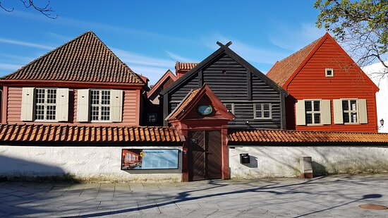 汉萨博物馆和舍特斯图尔尼