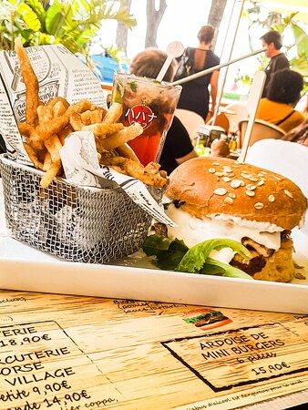 """Cheeseburger à la """"mode Corse"""""""