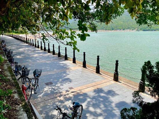 Shek Tsai Po St Promenade