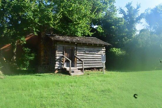 Crockett, TX: Historical building