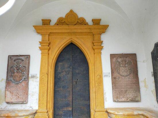Stadtpfarrkirche hl. Matthaus