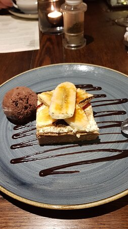 Delicious Banoffee pie. Not too sweet and real banana!!