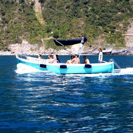 Stella boat tour