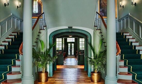 The Vanderbilt, Auberge Resorts Collection