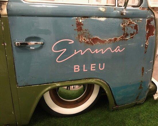 Emma Bleu