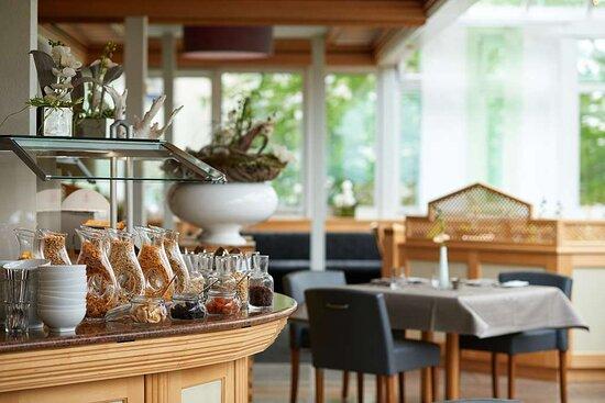 Breakfast Room Select Hotel Elisenhof, Hotel Breakfast Room Furniture