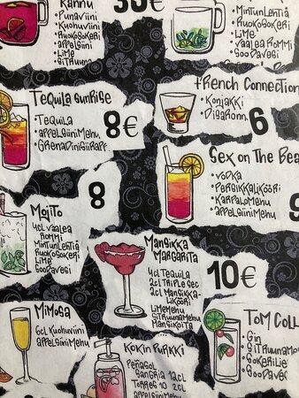 Kansainvälisiä drinkkejä