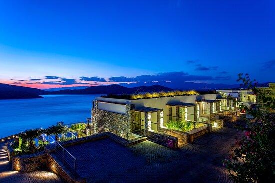Royal Marmin Bay Boutique & Art Hotel