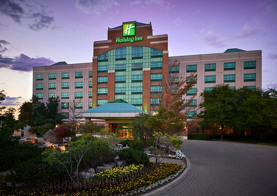 Welcome to the Holiday Inn Oakville @ Bronte