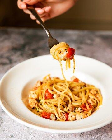 Spaghetti Seafood Sauce (G, CR, MO, F) Paccheri pasta with mixed seafood sauce.