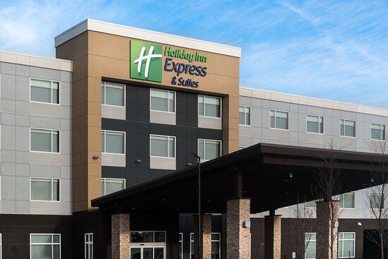 Holiday Inn Express & Suites West Edmonton-Mall Area, an IHG hotel