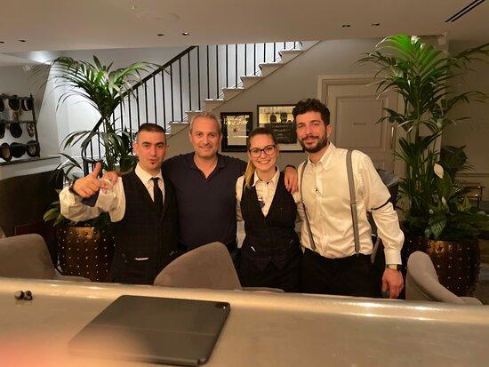 Room service  - Εικόνα του Holmes Hotel London, Λονδίνο - Tripadvisor