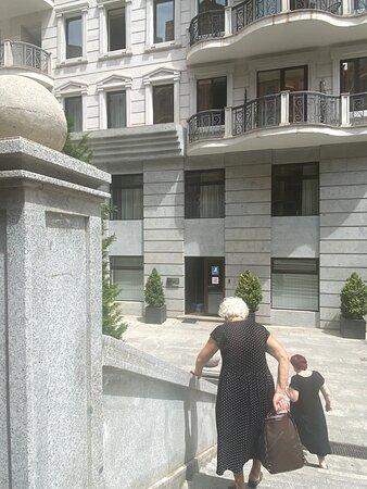 Великолепный выбор в Тбилиси