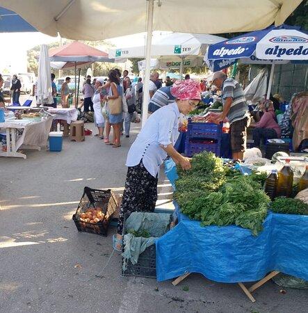 Alacati, Turquie : Alaçatı pazarı
