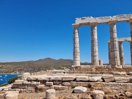Foto Cape Sounion and Temple of Poseidon Half-Day Small-Group Tour from Athens