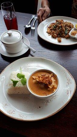Fabulous Authentic Thai Food ! 😋