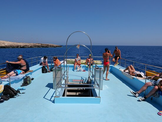 Discovery Sightseeing Boat Trip from Ayia Napa and Protaras: Relax