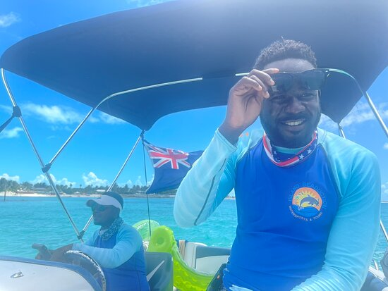 Turks-och Caicos: Great Birthday celebration on our private boat tour