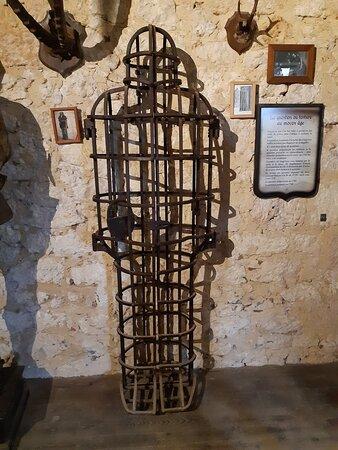 Cage de torture.
