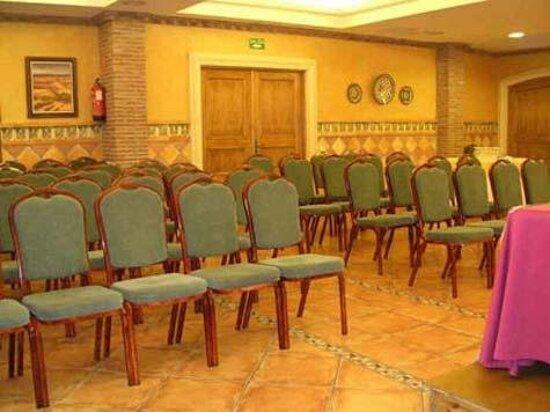 001677 Meeting Room
