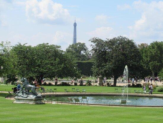 Le petit bassin des tuileries