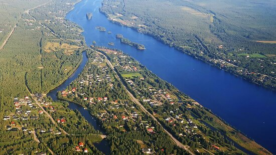 Finnair: Kemijoki River