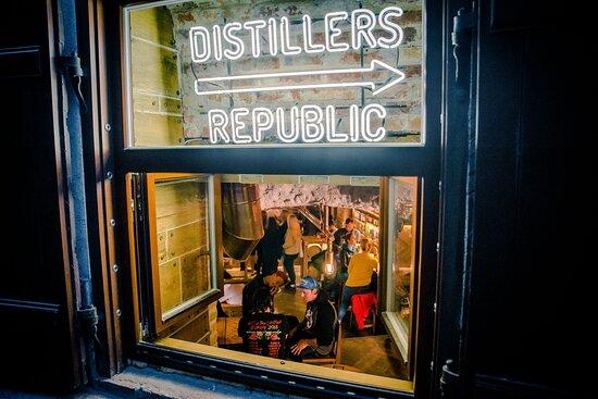 Distillers Republic