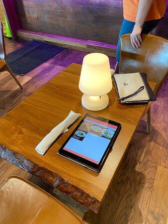Table setting and notepad menu